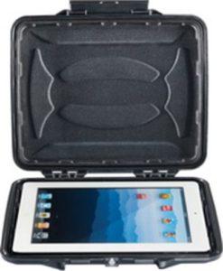 1065CC iPad HardBack Case