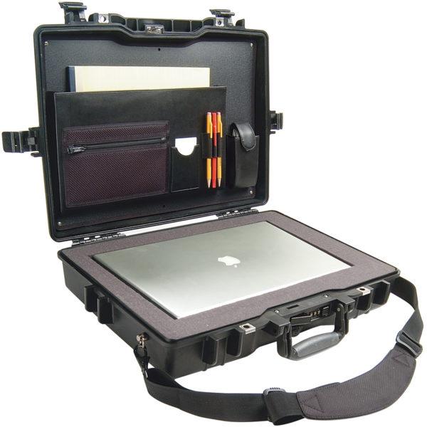 1495CC2 Pelican 17 in. Laptop Case