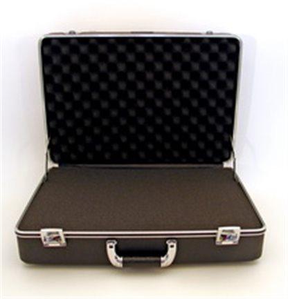 2005 Medium Duty Case