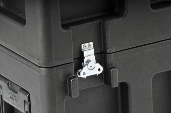 3SKB-3237    32 to 37 in TV-Monitor Case