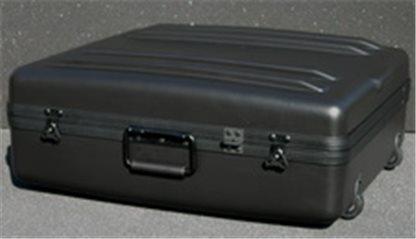 DX-2421-8FW Deluxe Wheeled Case