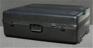 DX3023-10FW Deluxe Wheeled Case