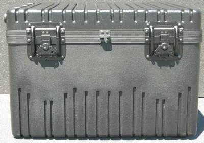 RR2522-18TWF Wheeled Case w/Foam