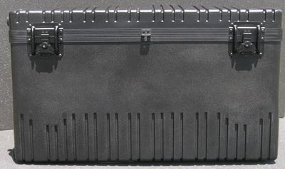 RR3725-20TWF  Wheeled Case w/Foam