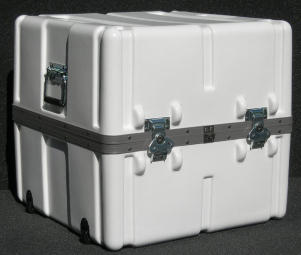 SW2222-21 Case With Wheels